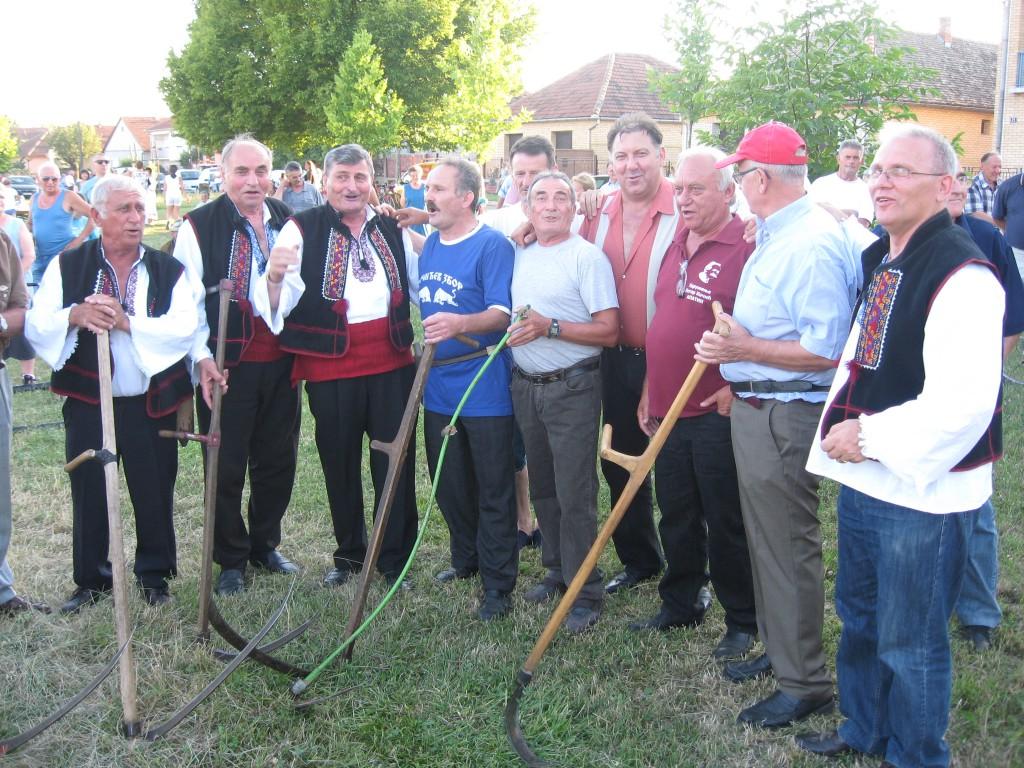 Petrovdanski zbor 2016, apatin (1)