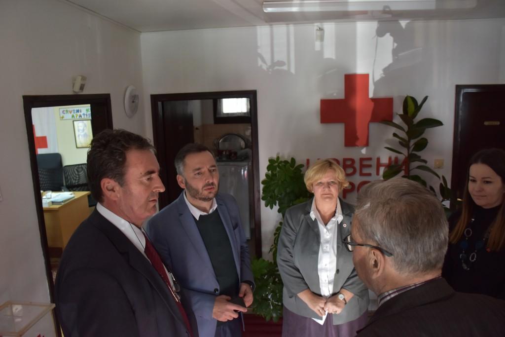 Predrag vuletić pokrajinski sekretar , Crveni krst Apatin, oktobar 2016