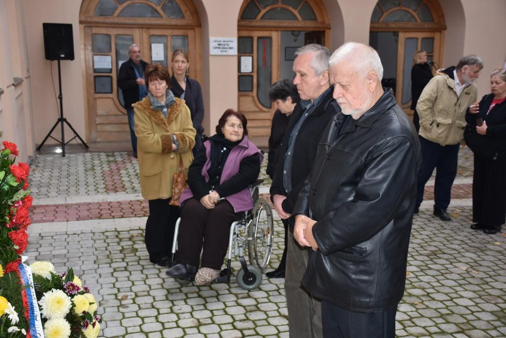 Dan Opštine Apatin, 24.oktobar 2016, polaganje venaca (9)