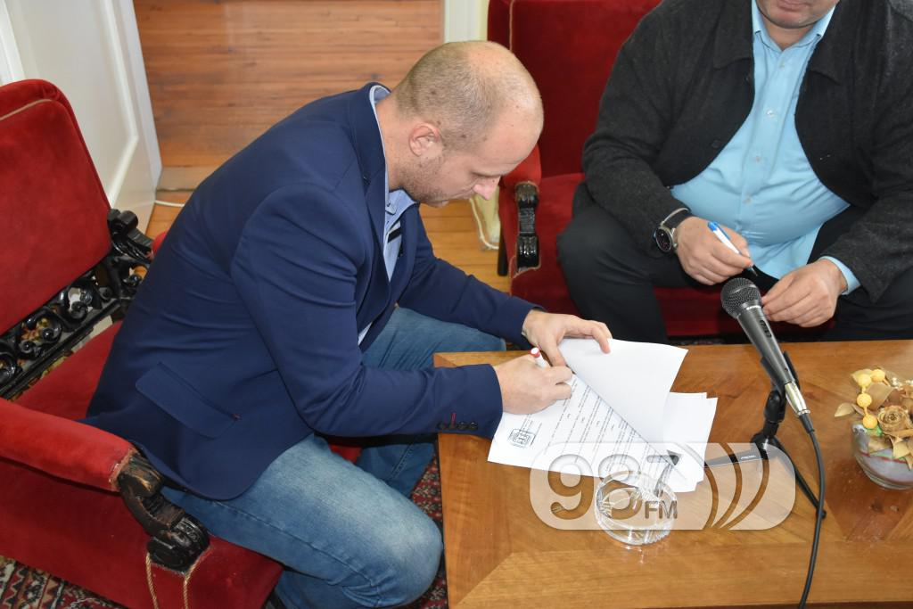 KC Apatin, potpisivanje ugovora sa pozoristem iz Sombora, decembra 2016 (5)