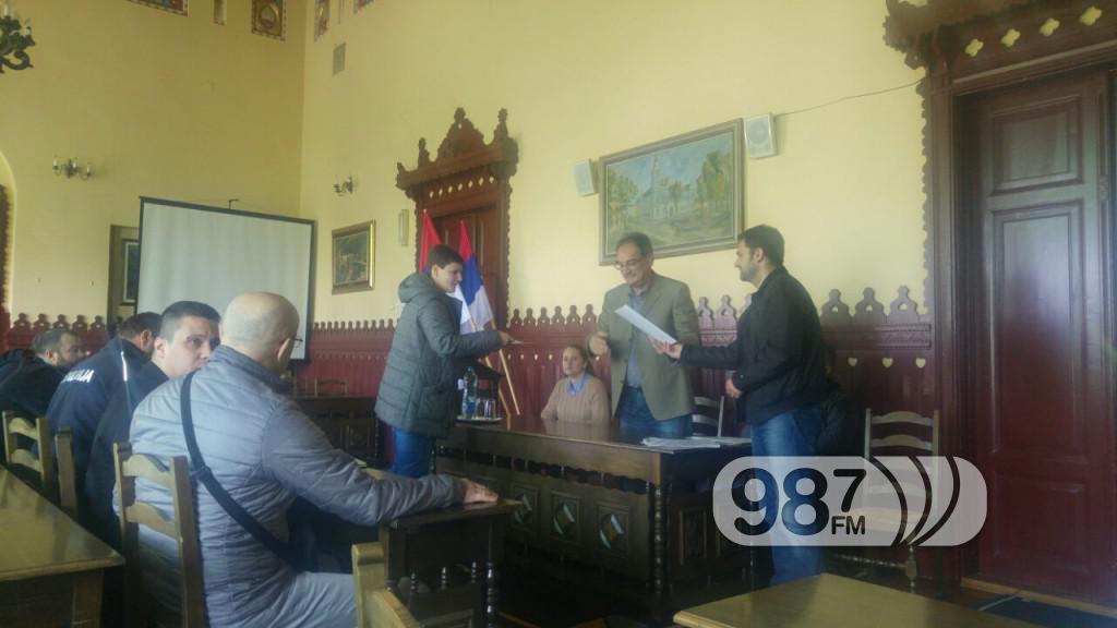 Potpisivanje ugovora sportski klubovi, opstina apatin (4)
