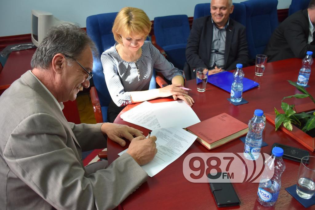 Ukrajinci, potpisivanje ugovora, Apatin mart 2017 (22)