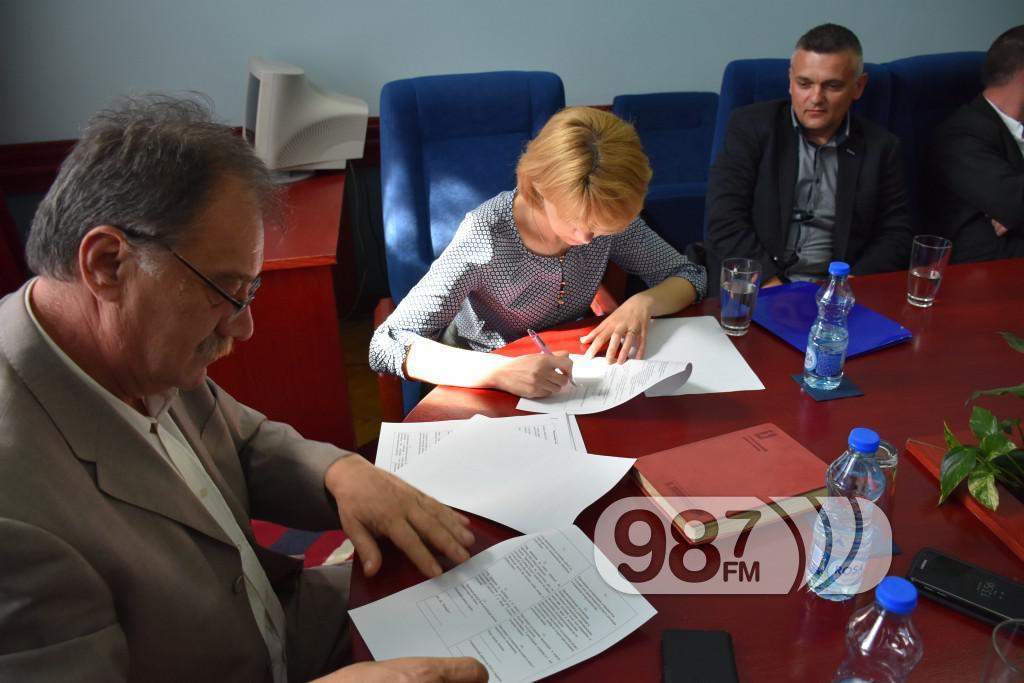 Ukrajinci, potpisivanje ugovora, Apatin mart 2017 (26)