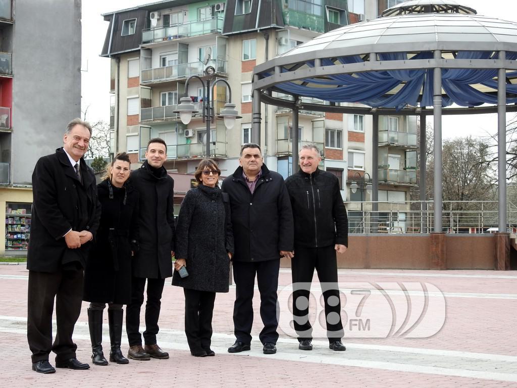 poseta predstavnika Evropske investicione banke , Milan Škrbić, predsednik opštine Apatin (3)