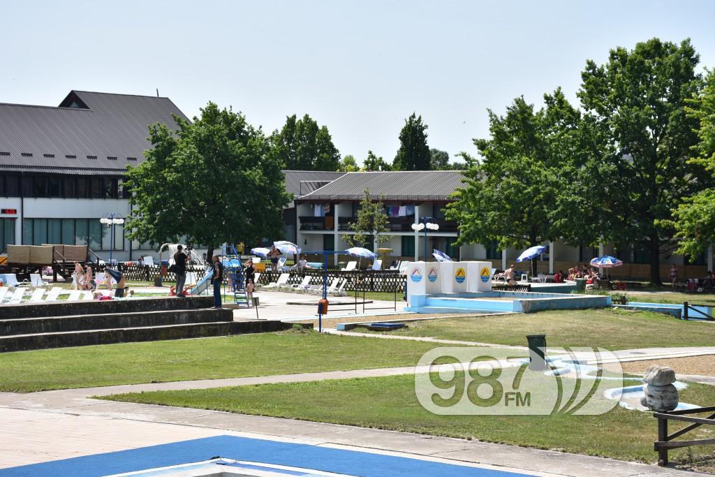 Banja Junakovic, bazeni (2)
