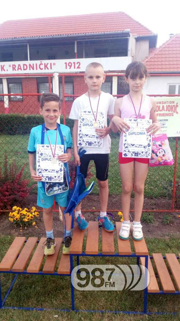 Osvajaci medalja Milos Drekovic,  Branislav i Milana Tadic
