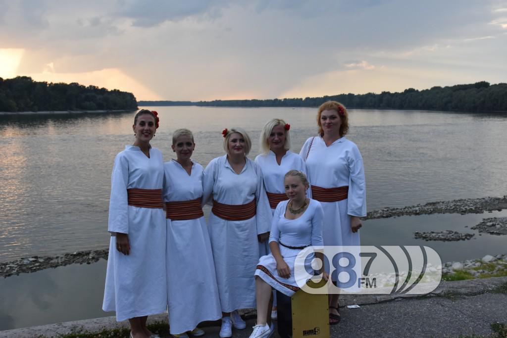 Hram sabor svetih apostola, svetoapostolski dani, pevacke grupe, etna, lazarice (3)
