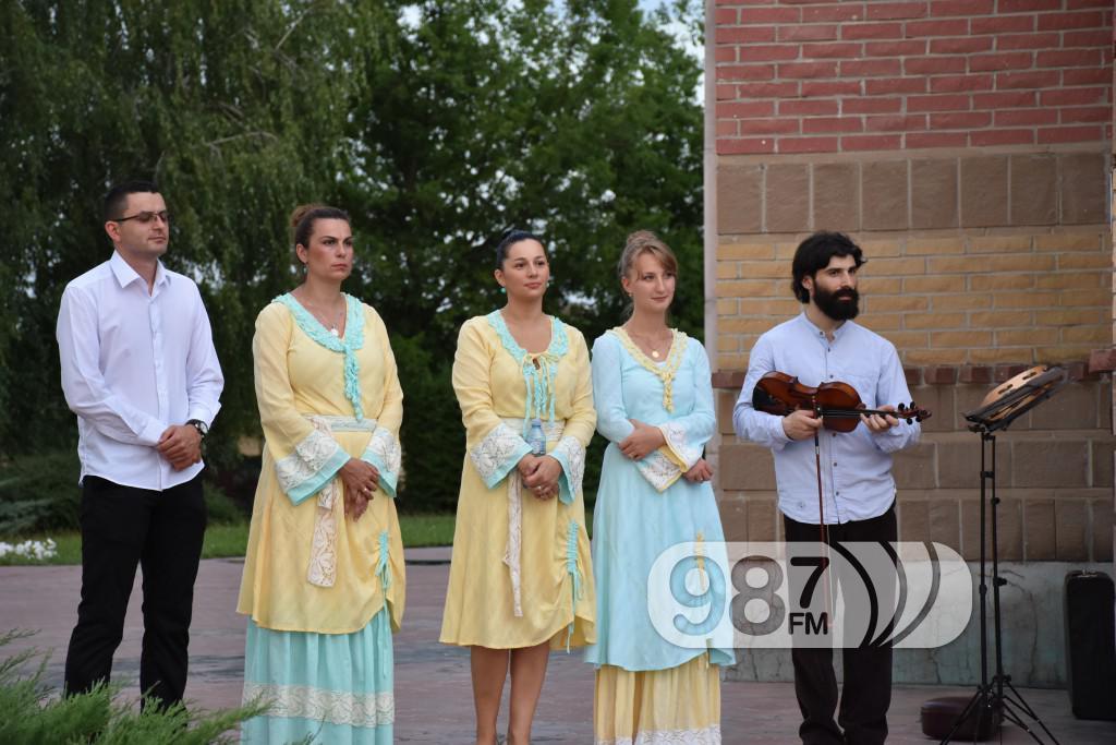 Hram sabor svetih apostola, svetoapostolski dani, pevacke grupe, etna, lazarice (5)