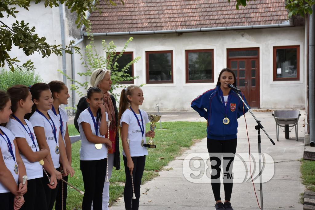 KUD Mazoret Sonta, docek , prijem, prvakinje evrope (12)