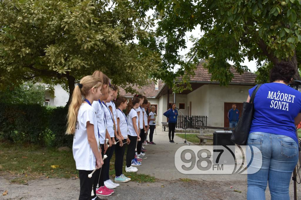KUD Mazoret Sonta, docek , prijem, prvakinje evrope (13)