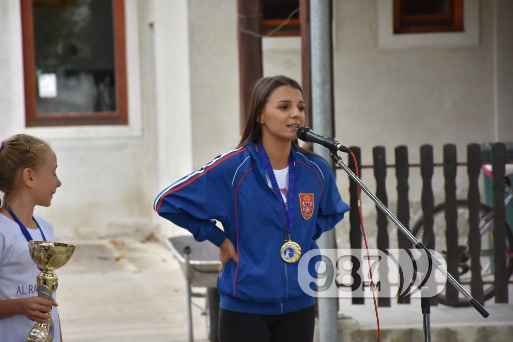 Valentina Zvonar, Mazoretkinje