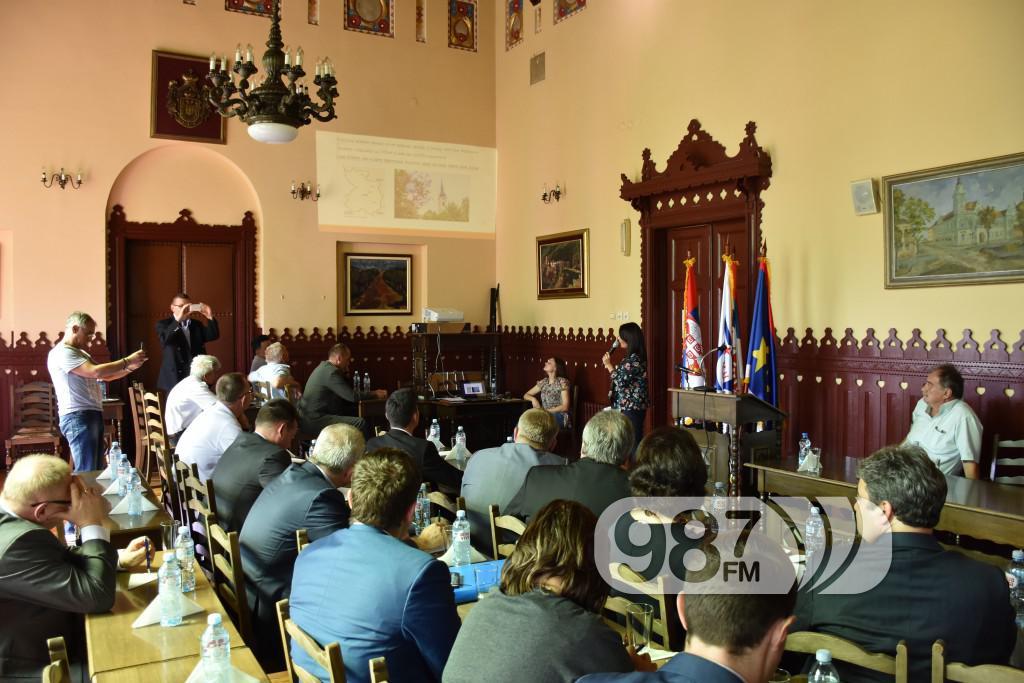 poseta ruskih investirora, slobodne zone prezentacija (8)