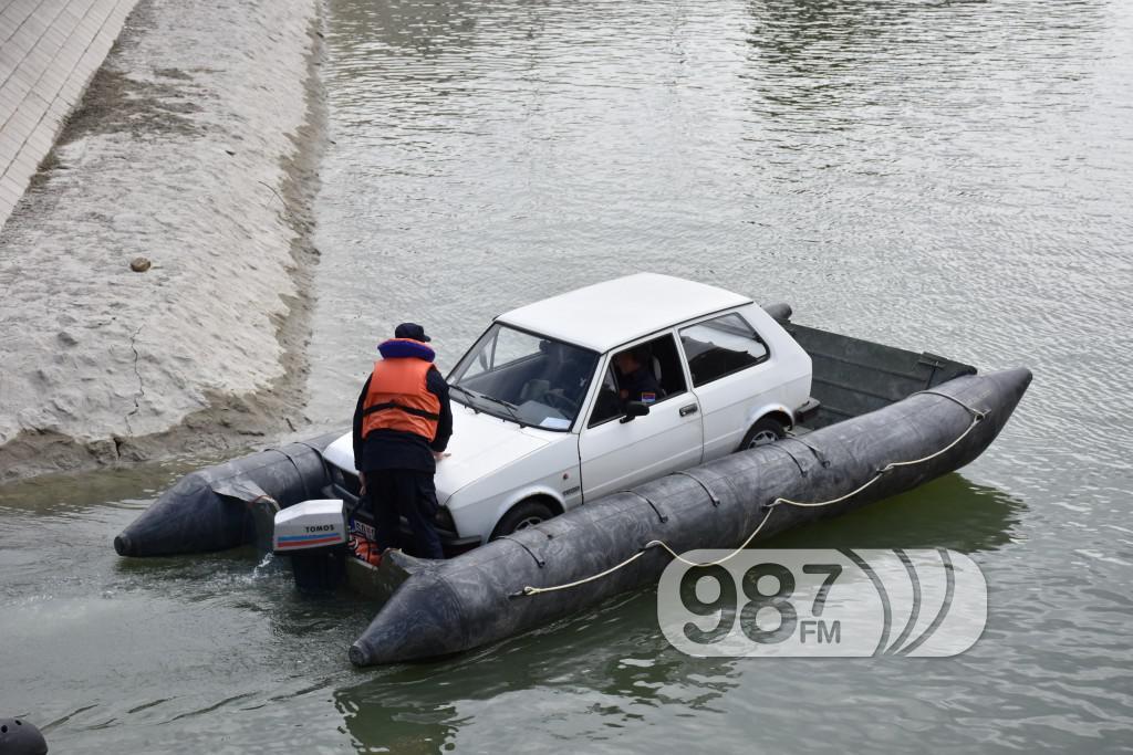 Vezba spasavanja na vodi i pod vodom, ronioci, civilna zastita (18)