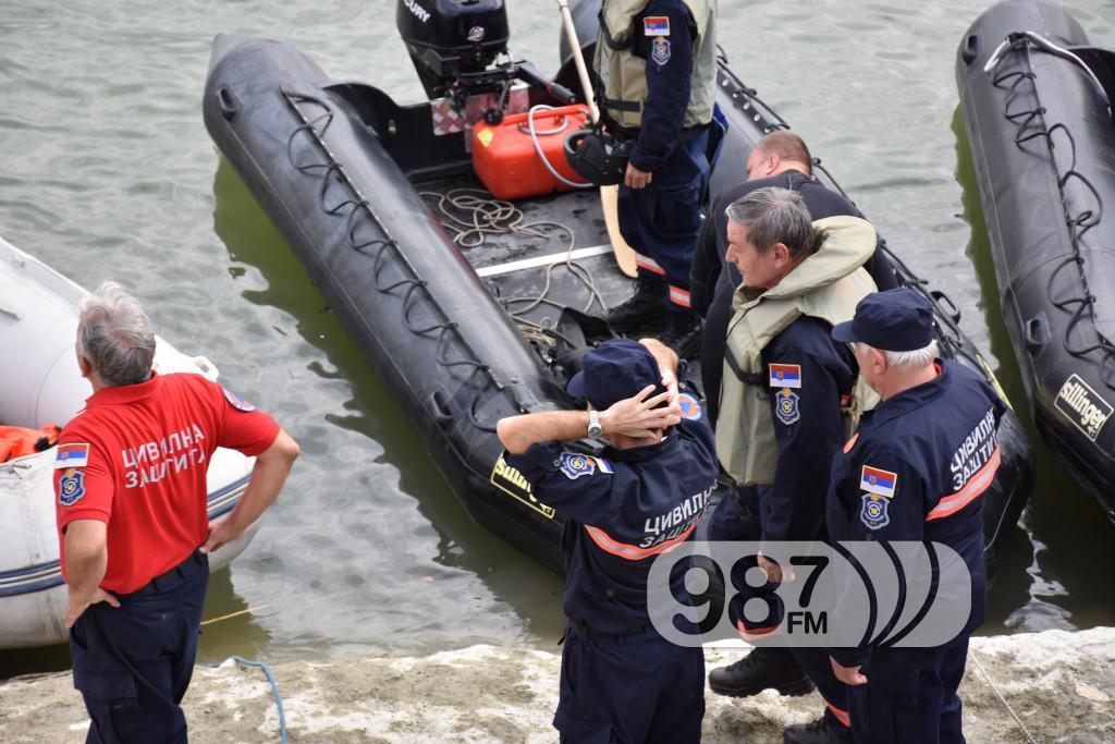 Vezba spasavanja na vodi i pod vodom, ronioci, civilna zastita (22)