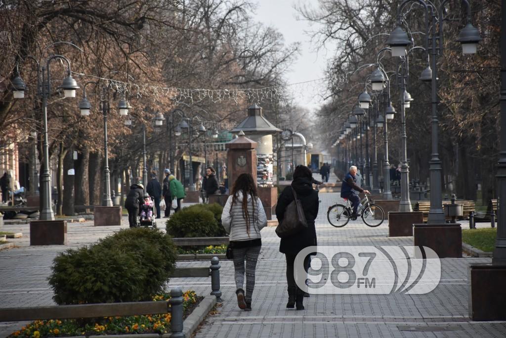 Apatin, ulica Srpskih Vladara , decembar 2017 (25)