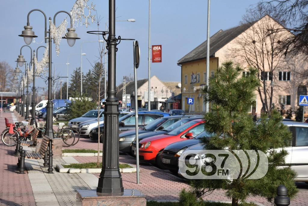 Apatin, ulica Srpskih Vladara , decembar 2017 (38)