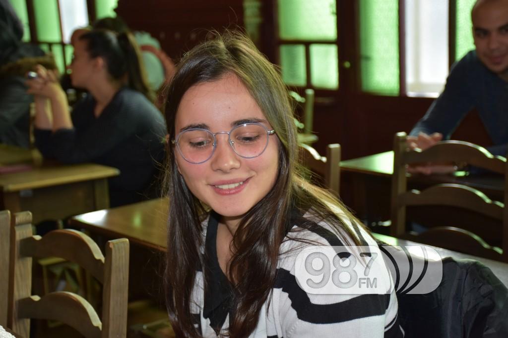 Dodela stipendija 2017, potpisivanje ugovora (4)